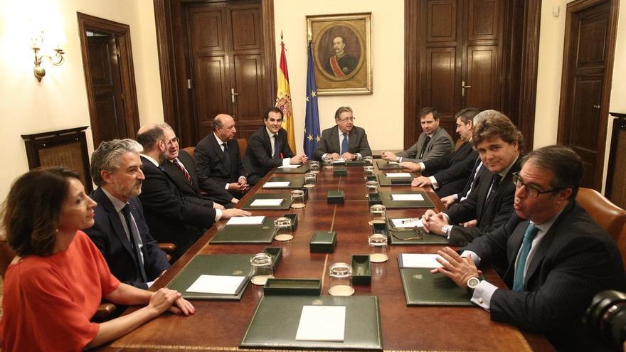 Interior oirá propuestas antes de elegir a los nuevos responsables que sustituyen a los DAO de Policía y Guardia Civil