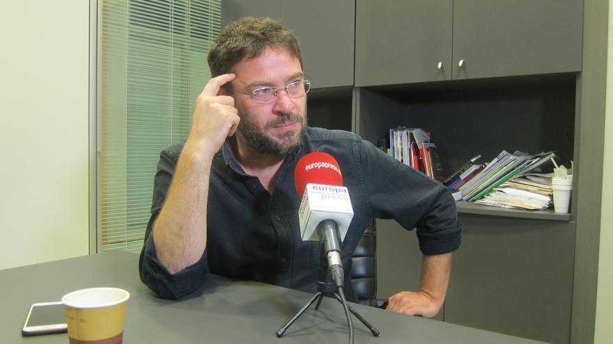 "Fachin pide suspender la consulta ""impuesta"" por Iglesias a Podem"