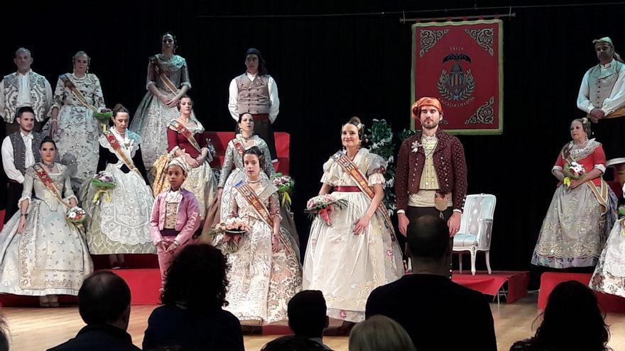 Acto de proclamación de Mónica Oltra como fallera mayor de la comisión de El Cid.