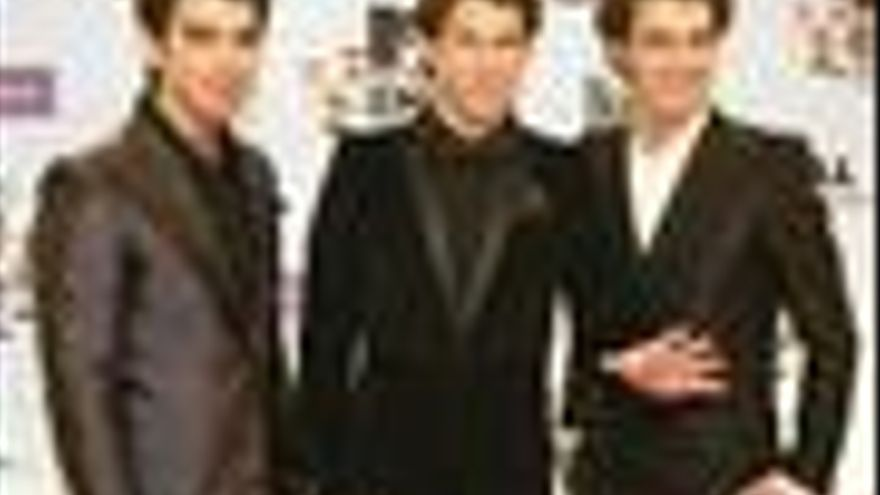 Los Jonas Brothers en la gala de los MTV Europe Music Awards