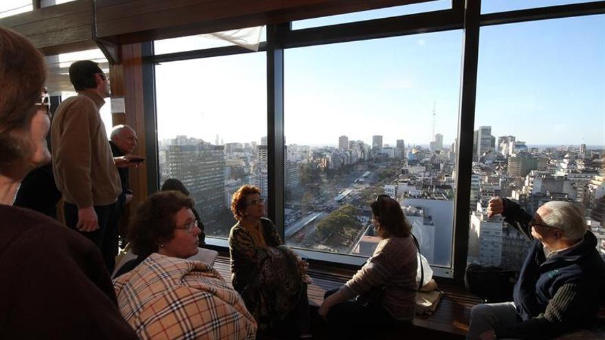 La llegada de turistas extranjeros a Argentina crece un 5,7 por ciento en agosto
