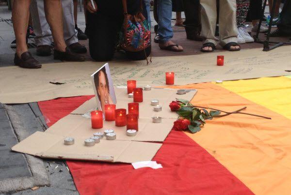 Homenaje a Pedro Zerolo tras su fallecimiento en la plaza de Chueca | SomosChueca