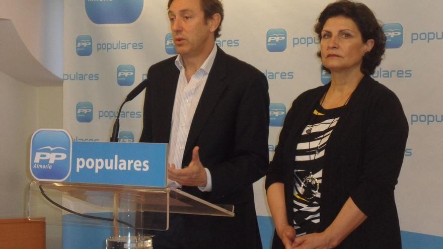 """Hernando (PP) afirma que C's """"empieza por Andalucía"""" sus """"pactos anti PP"""" haciendo de """"muletilla"""" de Susana Díaz"""
