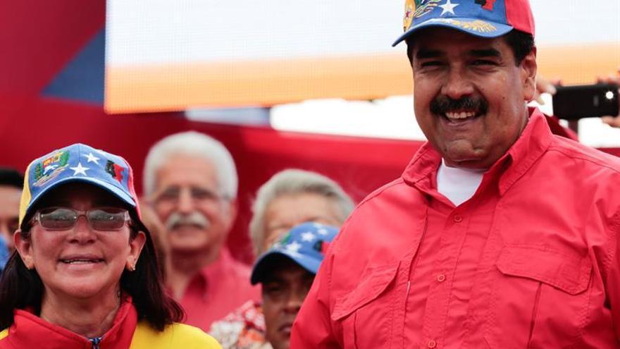 """Maduro dice que """"el nuevo imperio colonial"""" quiere desmantelar la Siria libre"""