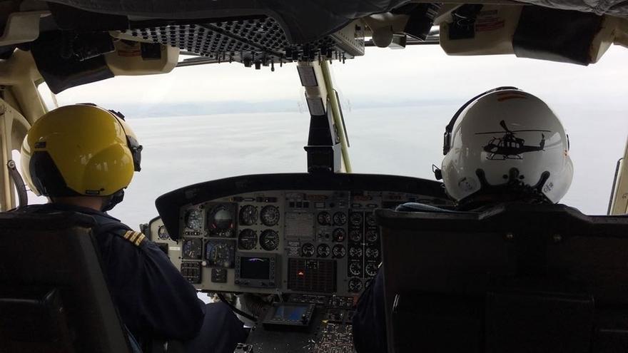 El helicóptero de Cantabria se suma a la búsqueda del pescador desaparecido en Lekeitio