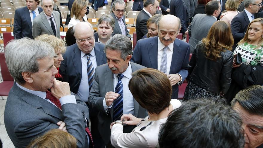 Revilla, favorable a reformar la Constitución en la próxima legislatura