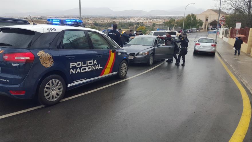 Policía Nacional evita en Alicante el rapto de una menor a la que pretendían integrar en un grupo que robaba a ancianos