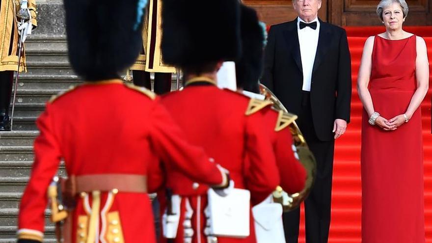 Trump advierte a May que no habrá acuerdo comercial EEUU-Reino Unido