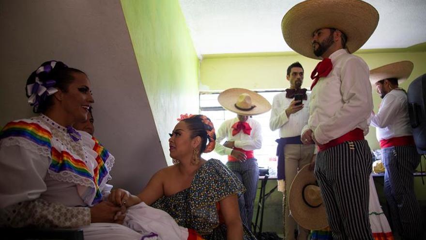Ballet folclórico de Jalisco promueve respeto a diversidad sexual en México
