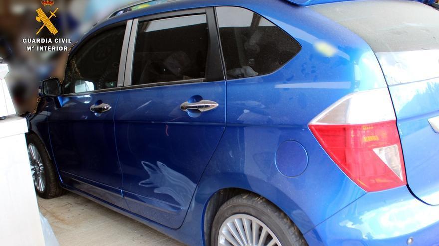 Tres detenidos por fraude al vender en Austria vehículos embargados en España
