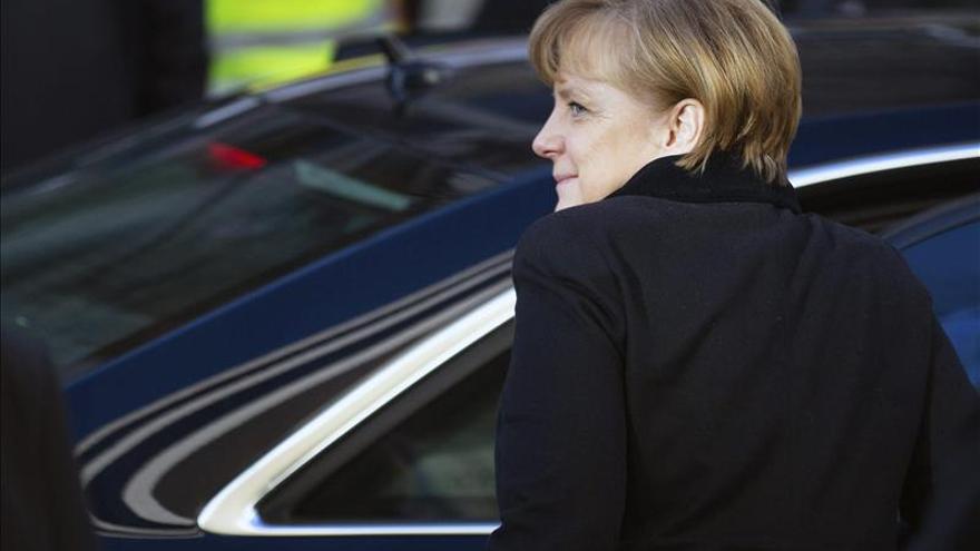 Merkel y los socialdemócratas cierra un acuerdo para gobernar en coalición
