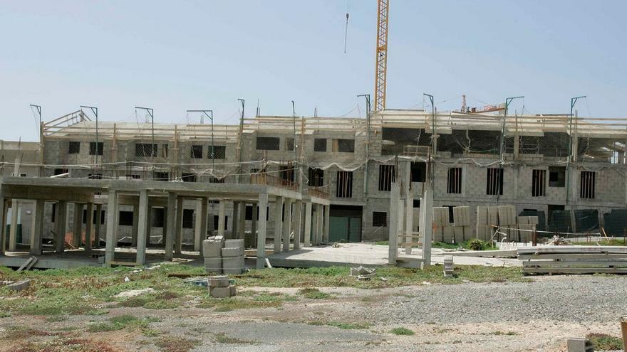 Promoción de viviendas en El Goro