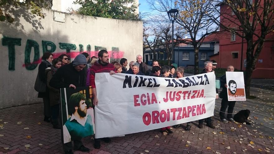 """Familiares y allegados de Mikel Zabalza exigen """"reconocimiento, verdad y reparación"""""""