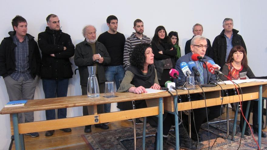 """Más de 200 juristas y profesores ven """"un disparate"""" que se califique como terrorismo la agresión de Alsasua"""