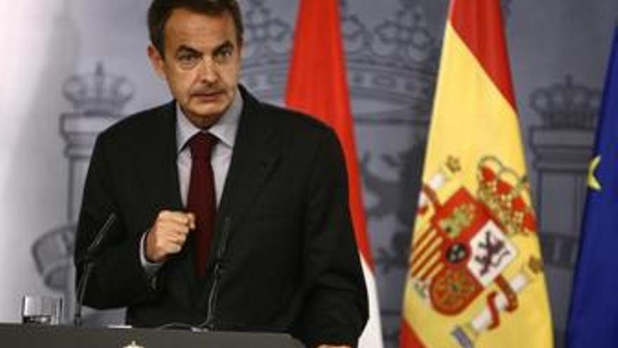 Zapatero recibirá en Egipto a los familiares de los dos turistas españoles desaparecidos