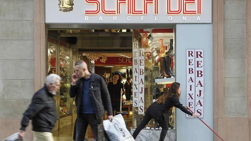 Las ventas del comercio caen el 3,9 por ciento en Cataluña y el 1,2 por ciento en España en octubre