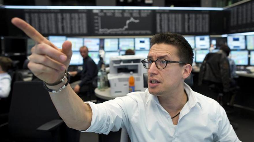 El DAX alemán sube un 0,98 por ciento hasta los 9.143,20 puntos