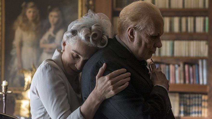 Gary Oldman como Churchill en 'El instante más oscuro'
