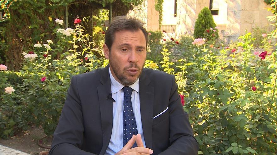 """Óscar Puente cree que Puigdemont y su Gobierno deberían pagar las urnas de su bolsillo porque la """"ley impide ese gasto"""""""