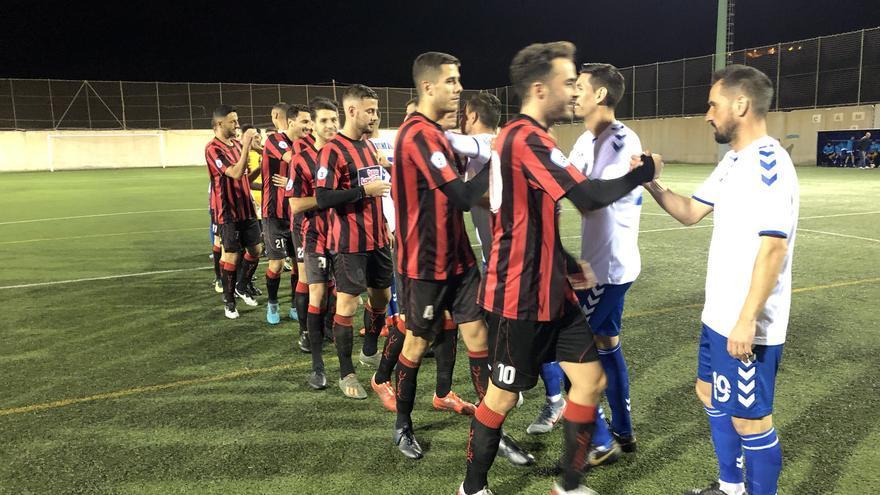 El Tamaraceite-Unión Viera abrió la jornada de Tercera el viernes.