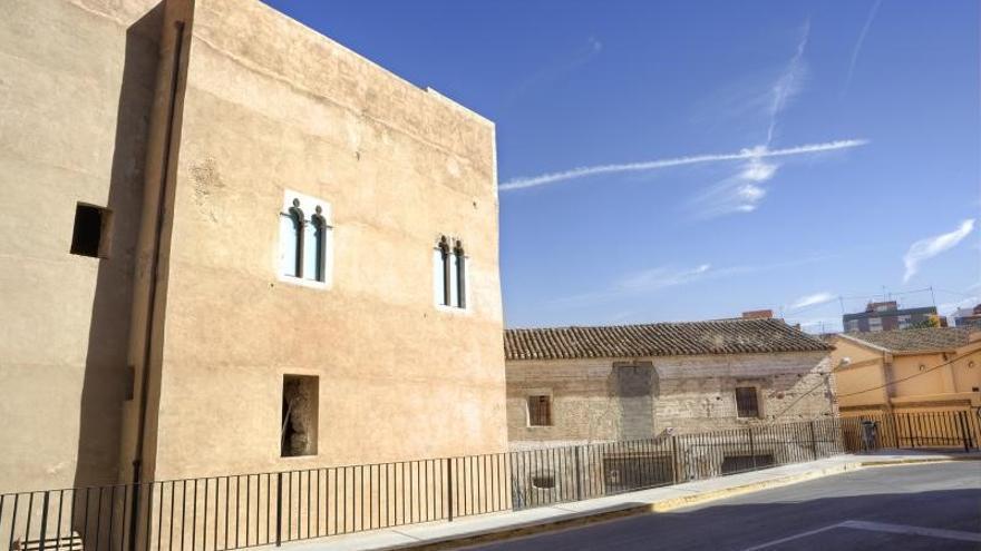 Una imagen del castillo de Riba-roja del Túria