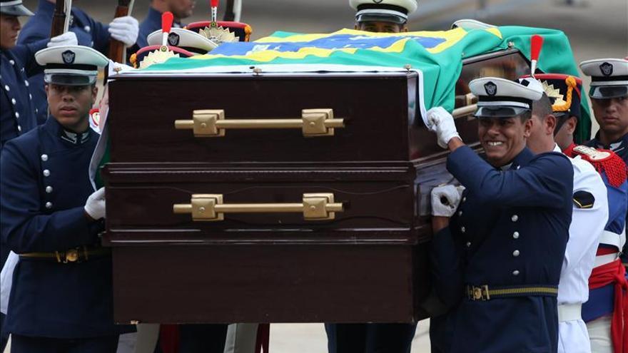 Goulart recibe 37 años después de muerto los honores negados por la dictadura