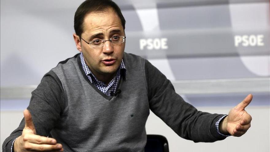 El número dos del PSOE, César Luena.