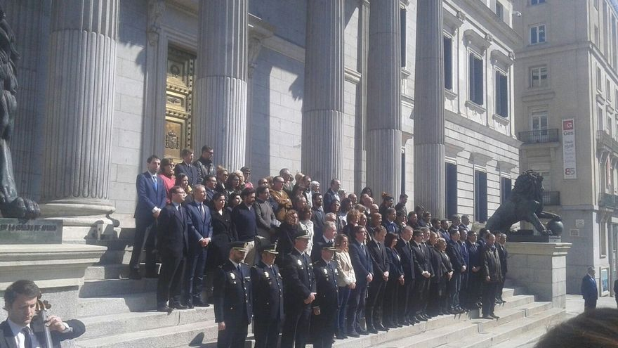 El Congreso reúne a Gobierno y partidos en repulsa por los atentados terroristas de Bruselas