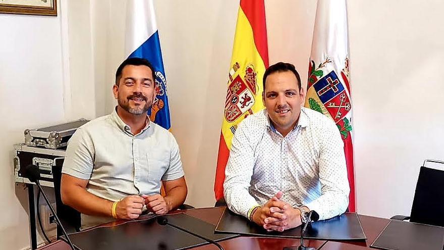 Carlos Gutiérrez (i) y Jonathan Felipe.