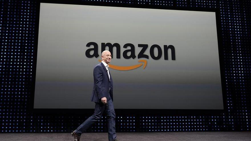 En la imagen, el fundador del portal de ventas online Amazon, Jeffrey P. Bezos.