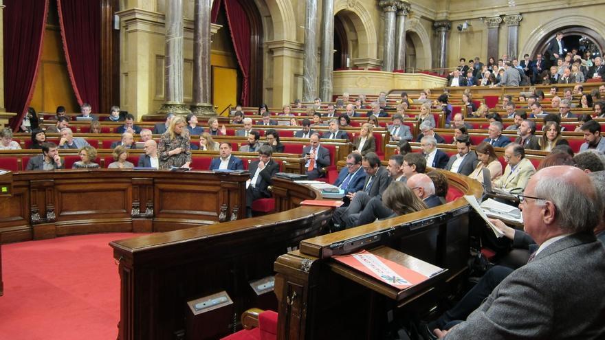 El Parlament debate este martes los Presupuestos marcados por la disposición del referéndum