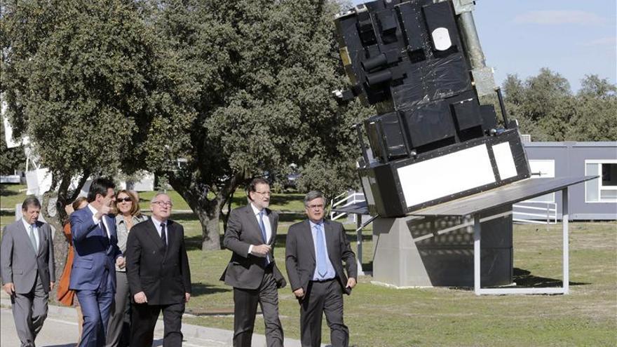 """Rajoy reitera su pesar por no contar lo bueno de España y sí """"otras cosas"""""""