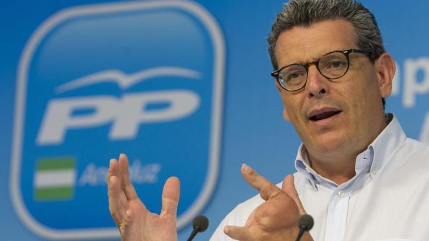 """El PP acusa al PSOE e IU de buscar su """"cuota de telediario"""" con la base de Morón"""