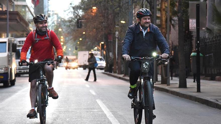 Con cierre de calles y estacionamientos, Chile se une a Día sin Automóvil