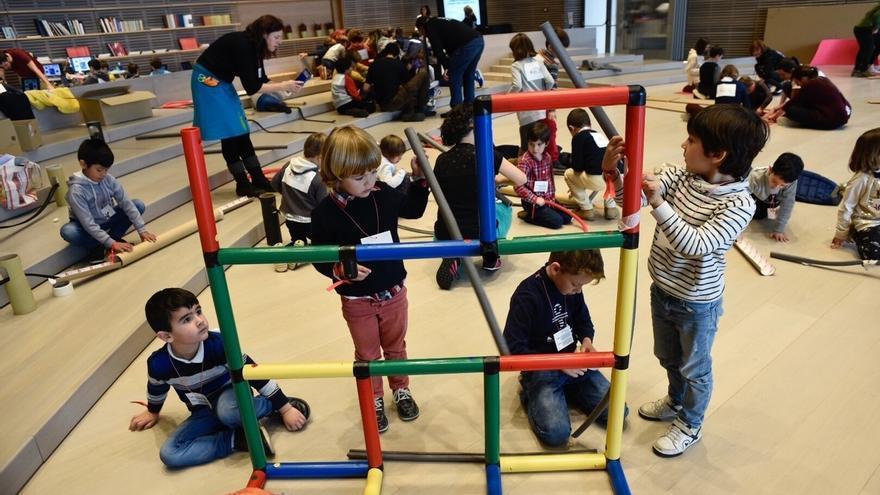200 niños participan en la jornada creativa multidisciplinar de la Aldea del Talento y el Centro Botín