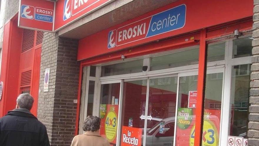 Eroski pierde 22,8 millones en 2016 y mejora un 63% sus resultados del año anterior