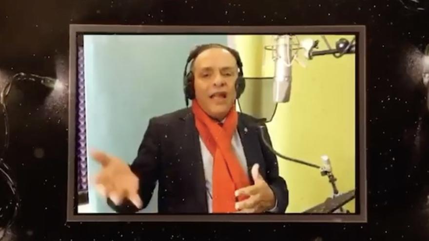 El vicepresidente del Cabildo de Tenerife felicita la Navidad cantando 'El tamborilero'