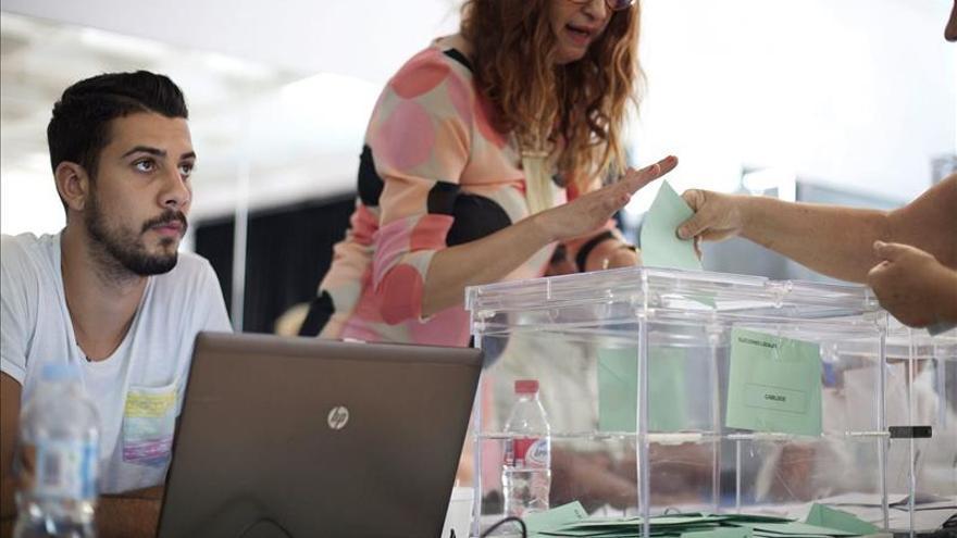 Coalición Canaria sería primera fuerza en Santa Cruz, con el 50,5% escrutado