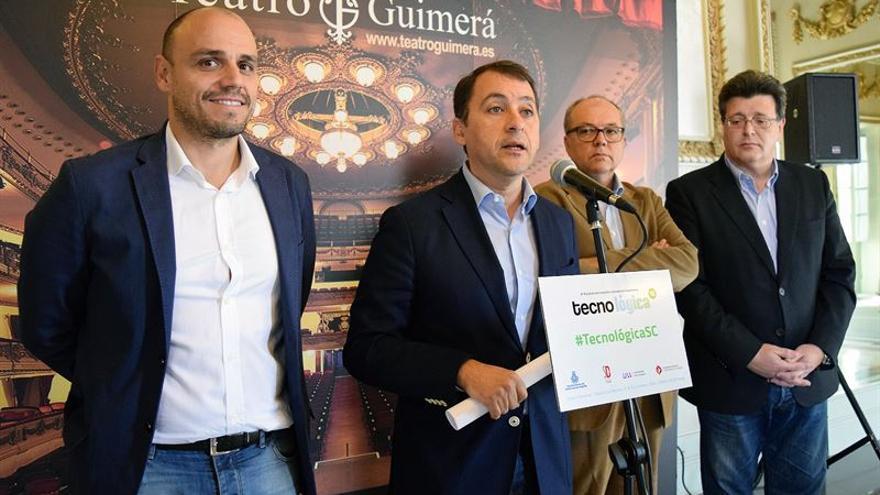 Presentación de Tecnológica Santa Cruz en el Teatro Guimerá de la capital tinerfeña