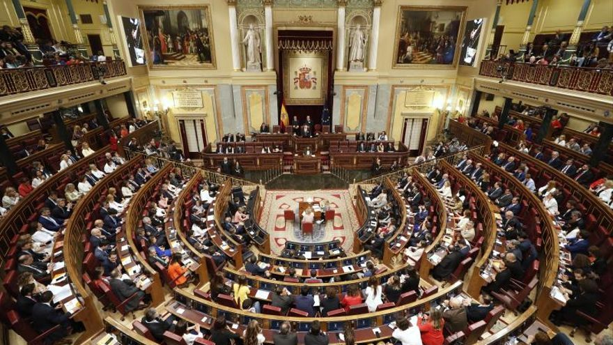 Los letrados plantean dejar la mayoría absoluta del Congreso en 176 diputados