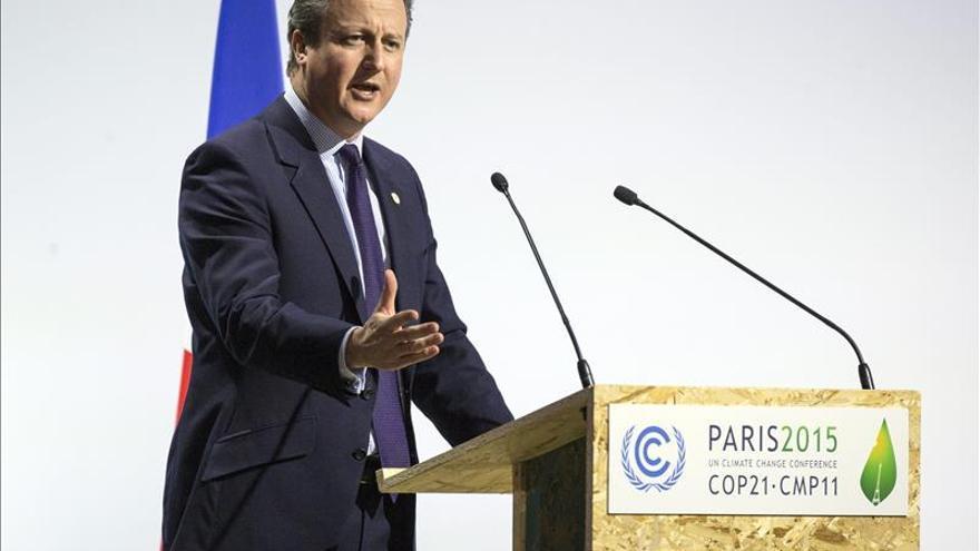 Cameron pide a los diputados que voten a favor de bombardear al EI en Siria