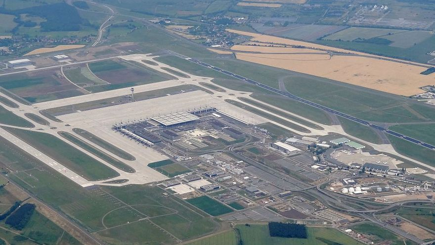Vista aérea del aeropuerto de Berlín-Brandeburgo Willy Brandt