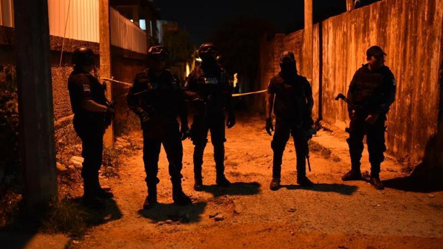 Un grupo armado irrumpe en una fiesta y mata 13 personas en Veracruz (México)