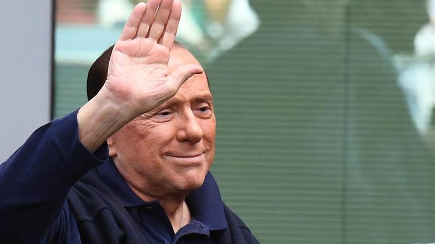 """Berlusconi alude a la """"profesionalidad de la izquierda"""" en fraude electoral"""