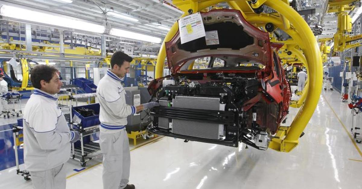 Fiat Completa La Adquisici U00f3n Total De Chrysler