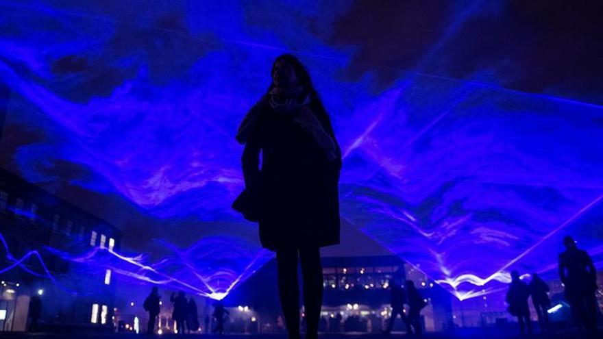 Edificios icónicos de Londres se engalanan para celebrar el festival de luz