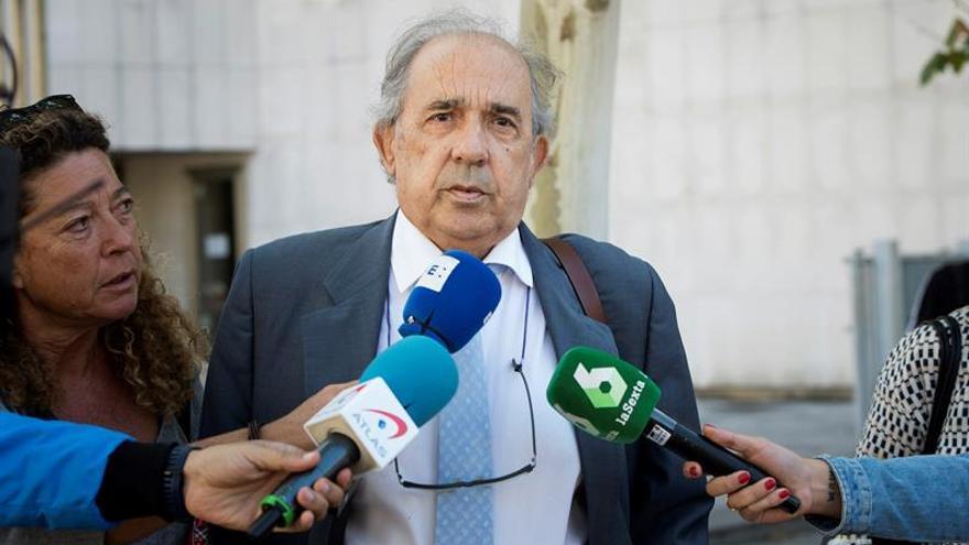 El exdirector del Instituto de Derecho Público, Enrique Álvarez Conde