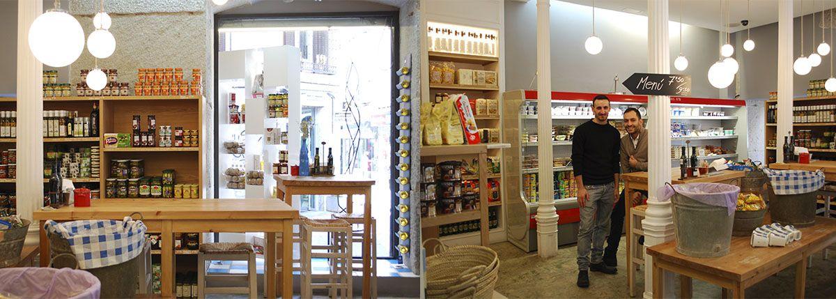 Díptico local y propietarios_Malasaña a mordiscos_Greek and Shop