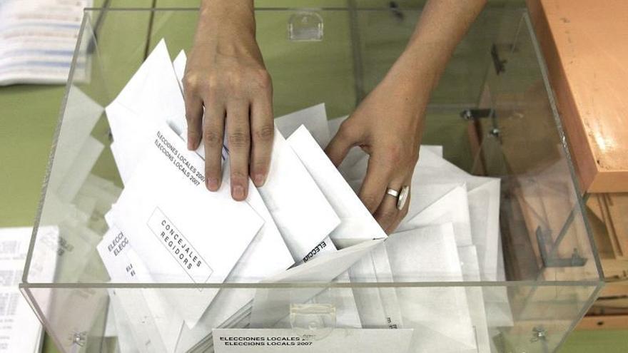 Los últimos sondeos prevén una victoria europea del PSOE y en la mayoría de las regiones