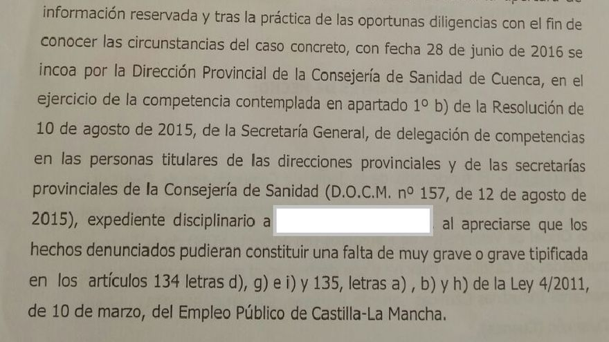 Extracto de la Resolución que alude al expediente disciplinario a uno de los veterinarios